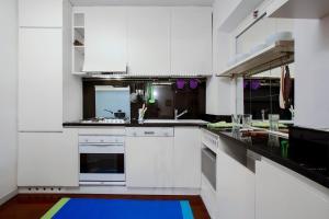 Vittoria Halldis Apartments, Апартаменты  Милан - big - 13