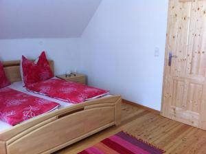 Ferienwohnungen Grün, Апартаменты  Preitenegg - big - 9