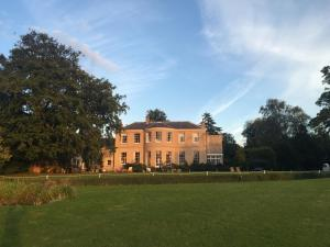 East Bridgford Hill
