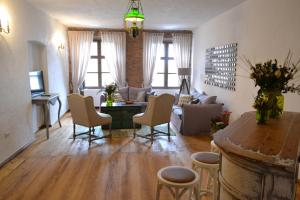 Casa Veche, Aparthotely  Brašov - big - 32