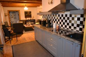 Casa Veche, Aparthotely  Brašov - big - 30
