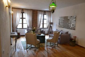 Casa Veche, Aparthotely  Brašov - big - 35