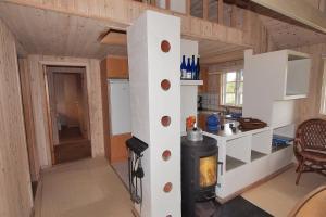 Hvide Sande Holiday Home 376, Ferienhäuser  Nørre Lyngvig - big - 13