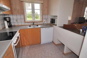 Hvide Sande Holiday Home 376, Ferienhäuser  Nørre Lyngvig - big - 12