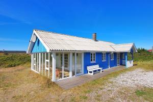 Hvide Sande Holiday Home 376, Ferienhäuser  Nørre Lyngvig - big - 3