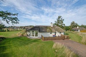 Vejers Strand Holiday Home 409