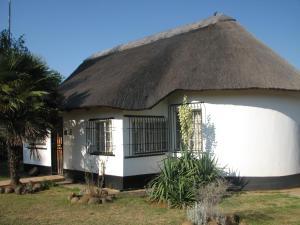 Absolute Leisure Cottages, Apartmány  Machadodorp - big - 53