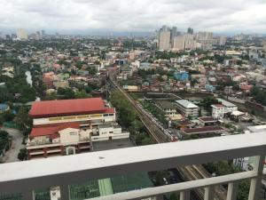 Mezza 2 Condominium, Апартаменты  Манила - big - 23