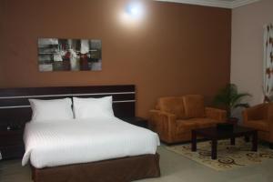 Абуджа - Lake Crescent Hotel