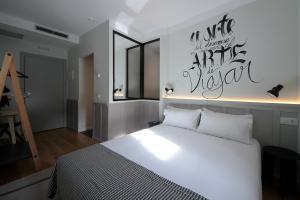 Hostel Complutum, Hostely  Alcalá de Henares - big - 16