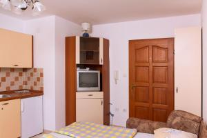 Apartments Villa Supertom, Ferienwohnungen  Povljana - big - 22