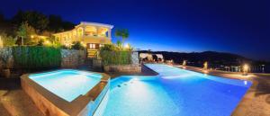 Villa Akros and Suites, Apartmány  Keríon - big - 1