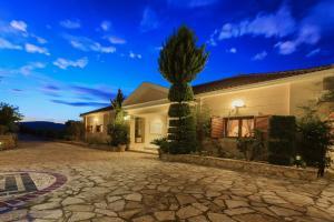 Villa Akros and Suites, Apartmány  Keríon - big - 21