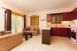 Villa Akros and Suites, Apartmány  Keríon - big - 28