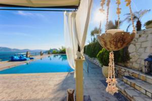 Villa Akros and Suites, Apartmány  Keríon - big - 12