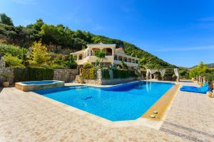 Villa Akros and Suites, Apartmány  Kerion - big - 36