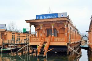 Trambak Houseboat