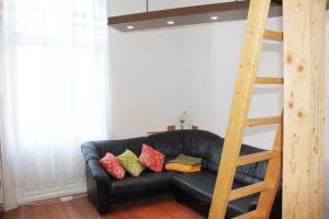 Lux Apartman, Apartments  Budapest - big - 11