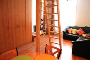Lux Apartman, Apartments  Budapest - big - 5