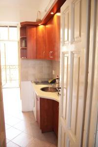 Lux Apartman, Apartments  Budapest - big - 4