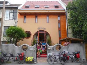 Shantee House(Budapest)