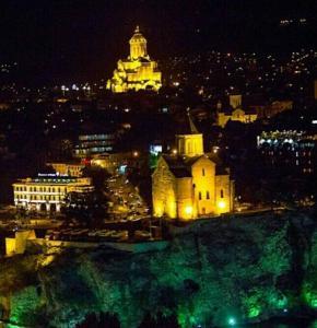 Apartment Pekini, Ferienwohnungen  Tbilisi City - big - 16