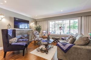 George & Wendy Home, Ferienhäuser  Toronto - big - 16