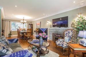 George & Wendy Home, Ferienhäuser  Toronto - big - 13