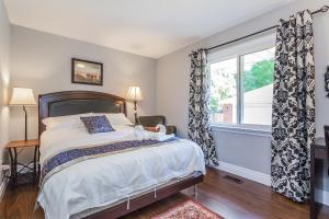 George & Wendy Home, Ferienhäuser  Toronto - big - 8