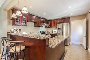 George & Wendy Home, Ferienhäuser  Toronto - big - 23
