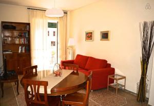 2 Bedroom Flat Rome Centre