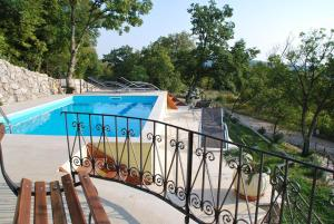 Three-Bedroom Holiday Home in Grizane I
