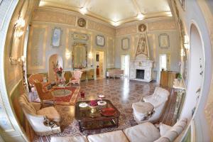 Palazzo De Castro