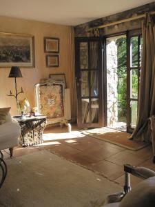 Can Serola, Hotel  Sales del Llierca - big - 6