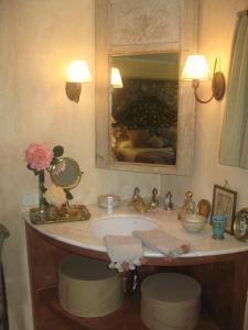 Can Serola, Hotel  Sales del Llierca - big - 5