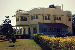 Ashish Ratan Resort