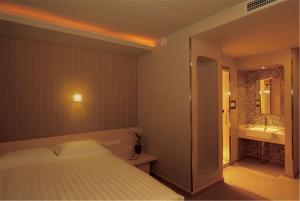 Reviews Beijing Yoyo Hotel