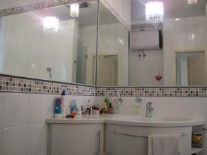 Apartment On Novaya Opalikha 4, Privatzimmer  Krasnogorsk - big - 3
