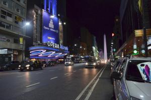 Av. Corrientes y Esmeralda - Teatros - BsAs