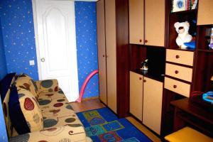 Apartment na Oktyabr'skoy Revolyutsii, Apartmány  Sevastopoľ - big - 14