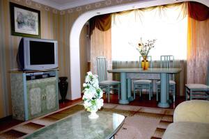 Apartment na Oktyabr'skoy Revolyutsii, Apartmány  Sevastopoľ - big - 3