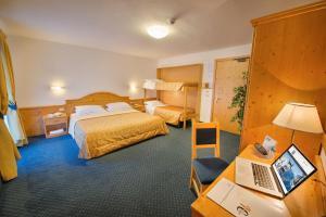 Hotel Cristallo, Hotels  Peio Fonti - big - 10