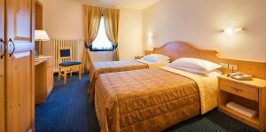 Hotel Cristallo, Hotels  Peio Fonti - big - 6