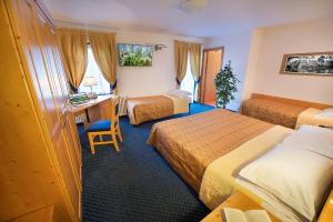 Hotel Cristallo, Hotels  Peio Fonti - big - 9