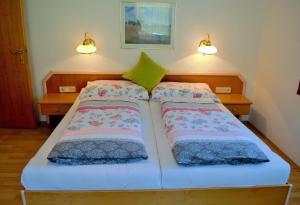 Ferienwohnungen Seerose direkt am See, Apartmány  Millstatt - big - 58