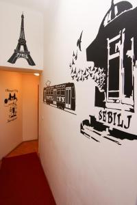 Hostel Check Inn - фото 14