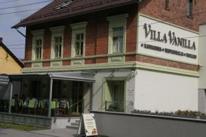 Villa Vanilla photos