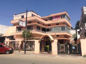 Akriti Guest House