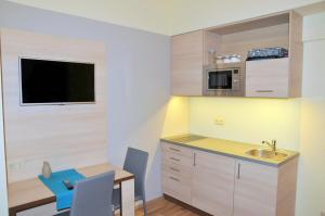 Frank & Fang Apartments, Апартаменты  Будапешт - big - 49