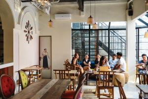 Tambayan Capsule Hostel & Bar, Хостелы  Манила - big - 20